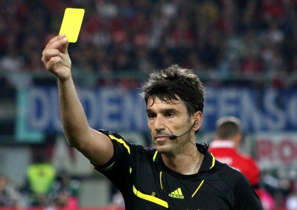 Geltona kortelė